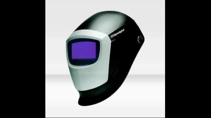 自动变光电焊面罩与普通面罩的比较
